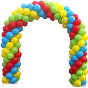 Arcada din baloane multicolore