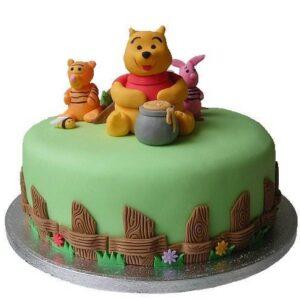 Tort Winnie in gradina-0