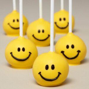 Cakepops smiley face-0